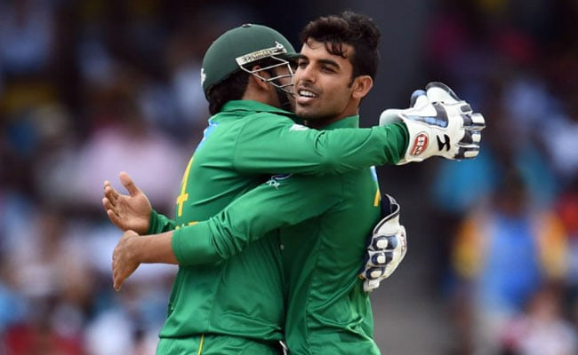 T20 मैच: डेब्यू मैच में किफायती बॉलिंग का रिकॉर्ड बनाने वाले शादाब खान फिर चमके, पाकिस्तान 3 रन से जीता