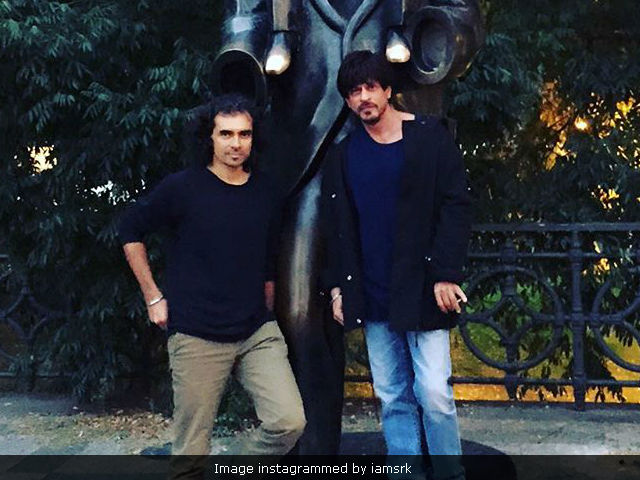 Shah Rukh Khan Performs Like A Theatre Artiste, Says Imtiaz Ali