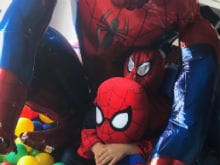 For Shah Rukh Khan And AbRam, A Spider-Man 'Boom' At Home. See Pic
