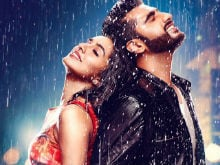 <i>Half Girlfriend</i> Poster: Arjun Kapoor, Shraddha Are Two Halves Of One Love Story