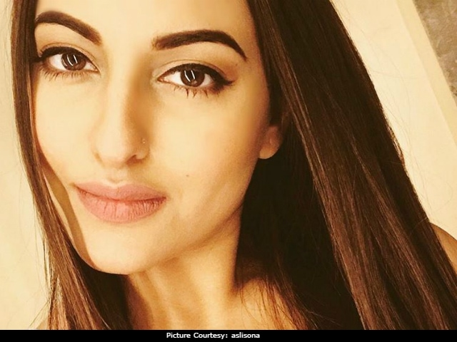 Sonakshi Sinha Will Perform At Justin Bieber's Purpose Tour In India