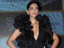 Sonam Kapoor Slams Fashion Critics, Says 'I'm Proud Of My Body'