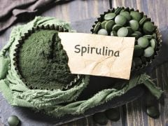 7 Remarkable Benefits of Spirulina, the Nutritious Blue Green Algae