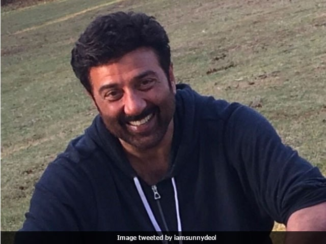 Sunny Deol Shoots For His Son Karan's Debut Film In Manali