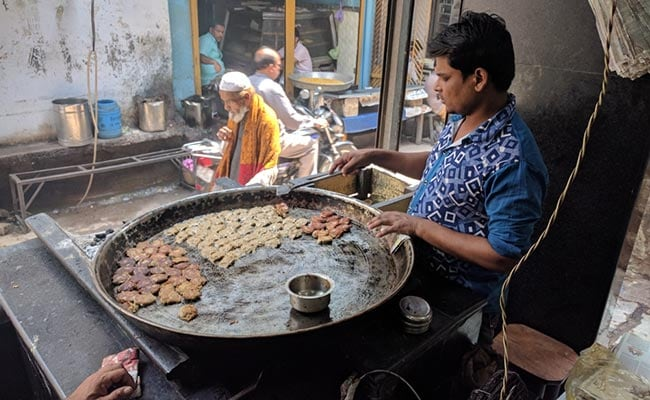 Sales At Lucknow's Iconic 'Tunday Kababi' Dip To 60% On Reopening Post Lockdown