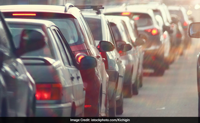 No Renewal Of Insurance For Vehicles Without Pollution Certificate: Supreme Court