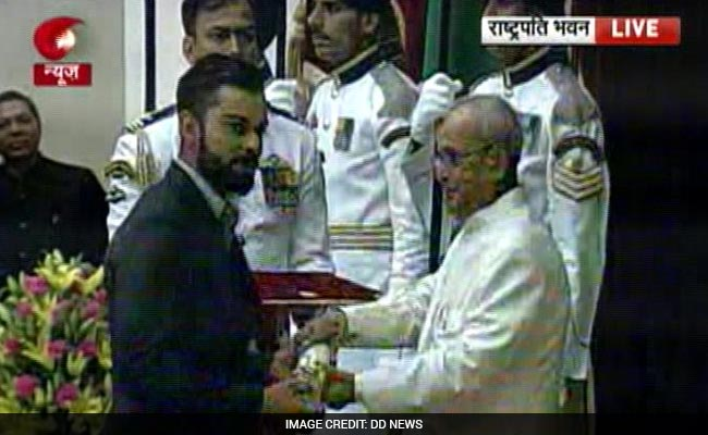 Virat Kohli, Sharad Pawar, Anuradha Paudwal Receive Padma Shri At Rashtrapati Bhavan