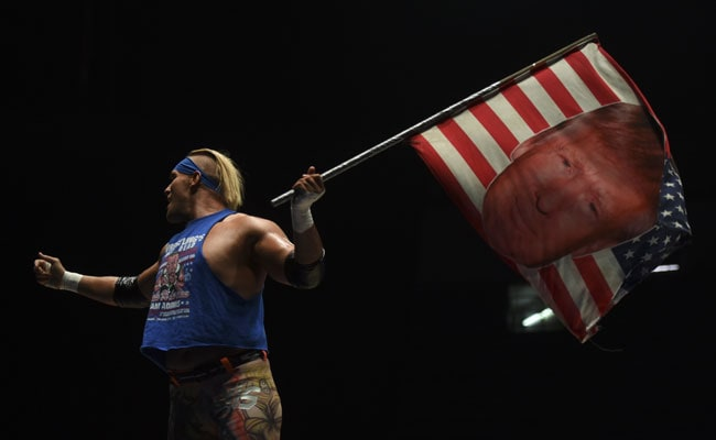 Bad-Guy US 'Donald Trump' Wrestler Winds Up Mexico Crowds