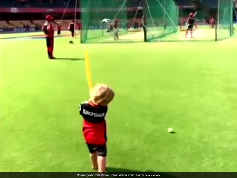 IPL 2017: AB de Villiers' Son Abraham Plays Cricket With Dad While Chanting 'Go RCB!'