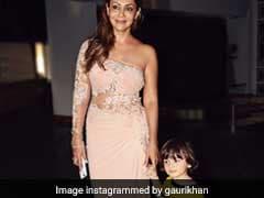 क्या देखा आपने शाहरुख खान की पत्नी गौरी खान और उनके बेटे अबराम का 'द ममी' पल
