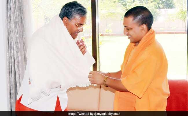 Yogi Adityanath, TS Rawat Agree To Resolve Pending Issues Between Uttar Pradesh, Uttarakhand