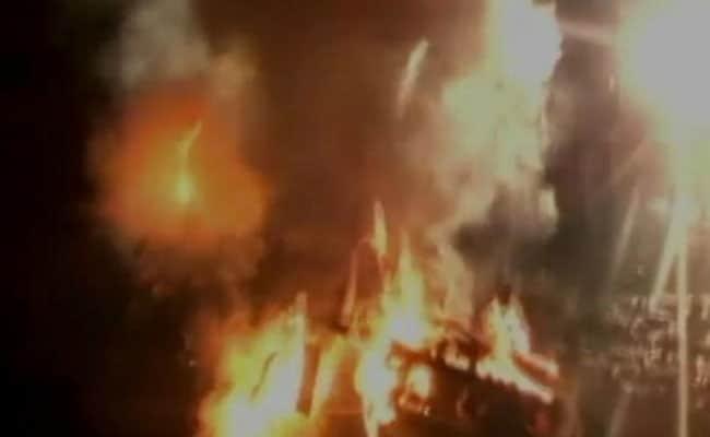 आगरा के थानों में हिंसा और तोड़फोड़, 4 गिरफ्तार, नेता बोले- अब योगी राज में 'जंगलराज' की शुरुआत
