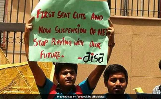 UGC NET: Students Demand Issue Of Forms, Stage Protest