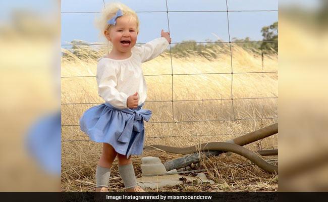 बेटी की खिलखिलाती हुई इस फोटो को देखकर मां के उड़ गए होश, सामने आया एक चौंका देने वाला सच