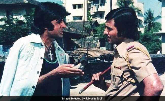 विनोद खन्ना के निधन की खबर सुन इंटरव्यू बीच में छोड़ कर दौड़े अमिताभ बच्चन