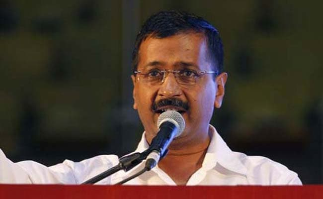 Arvind Kejriwal Hosts Dinner For AAP MLAs Amid Party Crisis