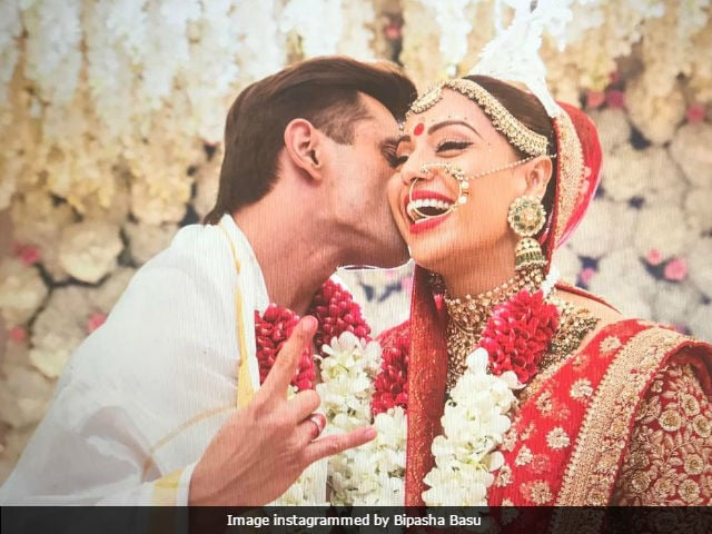 movies.ndtv.com - Bipasha Basu And Karan Singh Grover's First Anniversary: Their Love Story In Pics - NDTV Movies