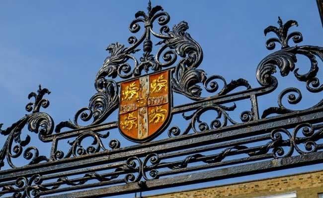 कैम्ब्रिज विश्वविद्यालय ने यौन संबंध रजिस्टर की योजना बनायी
