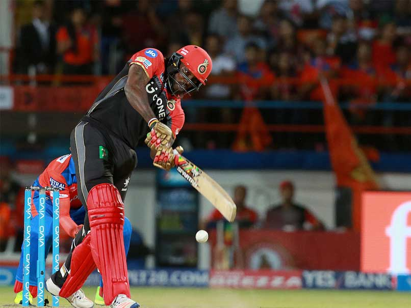 IPL 2017: Chris Gayle Becomes First Batsman To Score 10,000 Runs In T20 Cricket, Twitter Goes Gaga