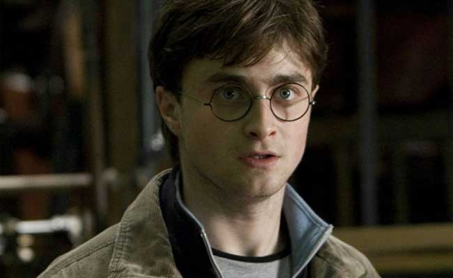 सोशल मीडिया पर वायरल हो रहा है Black Hogwarts, जानें हैरी पॉटर से क्यों जुड़ा है मामला