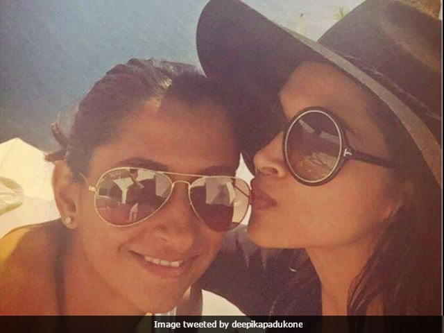 Deepika Padukone And Sister Anisha As Little Girls In Adorable Pic