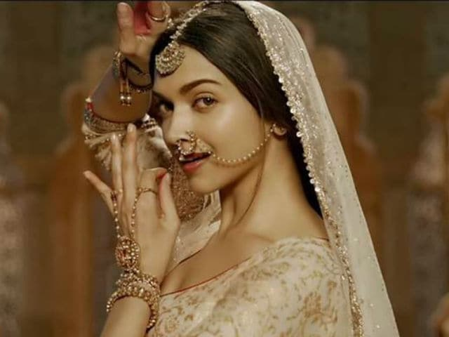 Padmavati: Deepika Padukone Puts Shoot On Hold. Here's Why