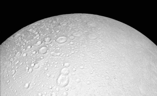 Hydrogen In Saturn Moon's Ice Plumes May Support Microbial Life