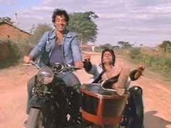अब कर्नाटक में फ़िल्म 'शोले' के सेट और किरदारों को लाइव दिखाने की कोशिश...