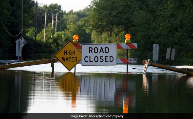 35 Killed As Flood Washes Northwestern Iran