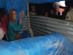 जम्मू : गो रक्षकों ने तंबू में रह रहे लोगों से की बर्बरता, रॉड से पिटाई के बाद तंबू में आग लगाई