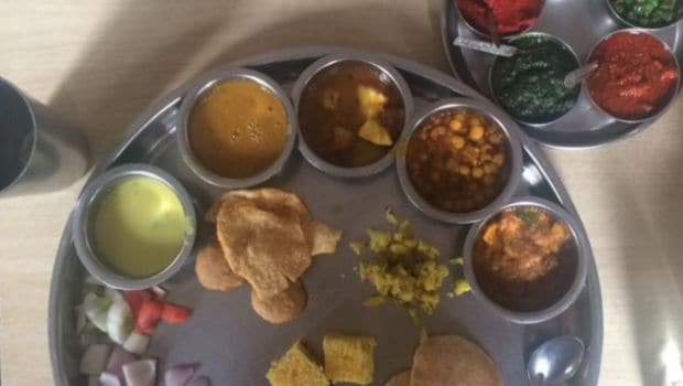 Friends Union Joshi Club: Home-Style Gujarati Thali at its Best