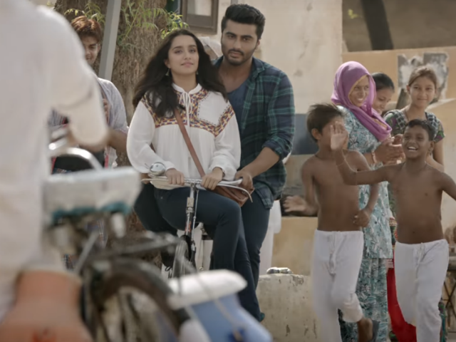 Arjun Kapoor can't get over Shraddha in new Half Girlfriend/i> song