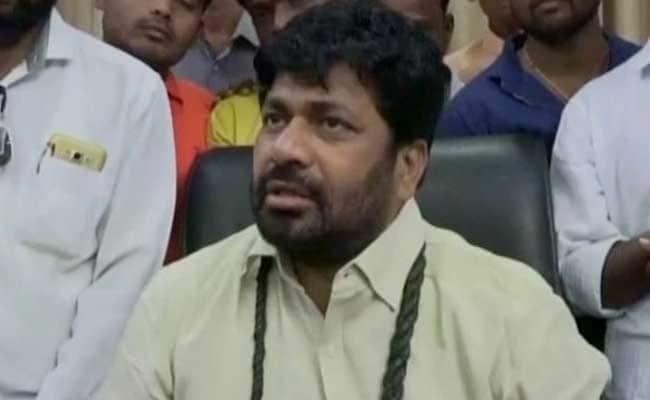independent legislator bacchu kadu