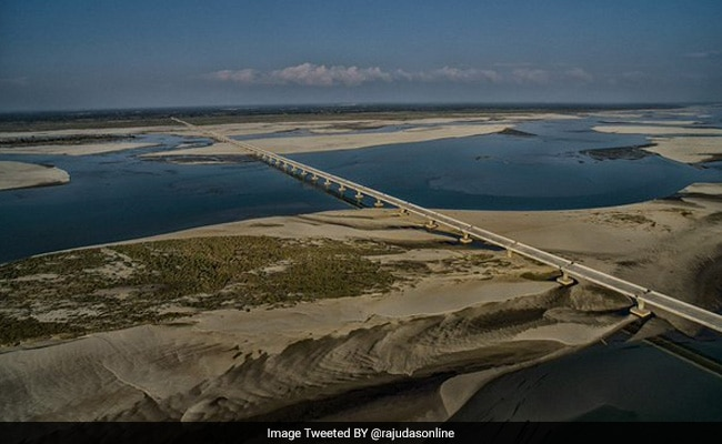 India's Longest Bridge In Final Stages Of Construction: 10 Points