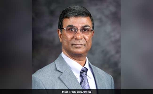 अमेरिका : भारतीय अमेरिकी अमित चक्रवर्ती बने कंसास कालेज के डीन