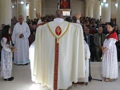 Iraqi Christians Hold Easter Celebrations At A Church Damaged By ISIS
