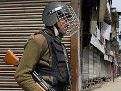 Policeman Killed In Jammu And Kashmir's Kulgam As Terrorist Attack Police Vehicle