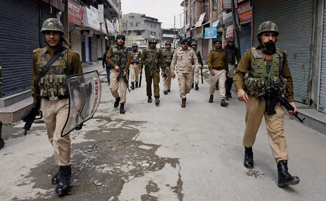 Kashmir Police Campaigns To Provide Support For Families Of Dead Soldiers