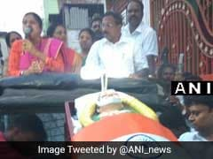 Jayalalithaa's 'Coffin' Used As Campaign Prop By Loyalist Panneerselvam