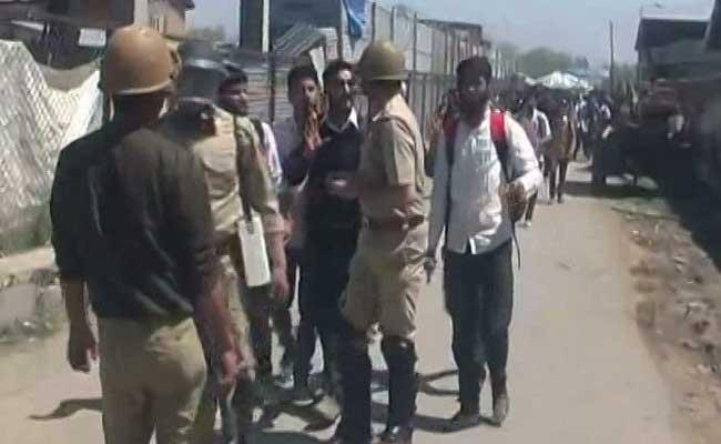kashmir student protests