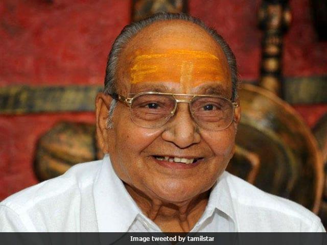 K Vishwanath Receives Dadasaheb Phalke Award; Kamal Haasan Congratulates Him