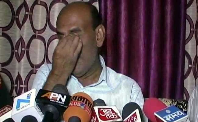 'Kept Telling Him, Get Married': Father Of Officer Killed In Kupwara Attack