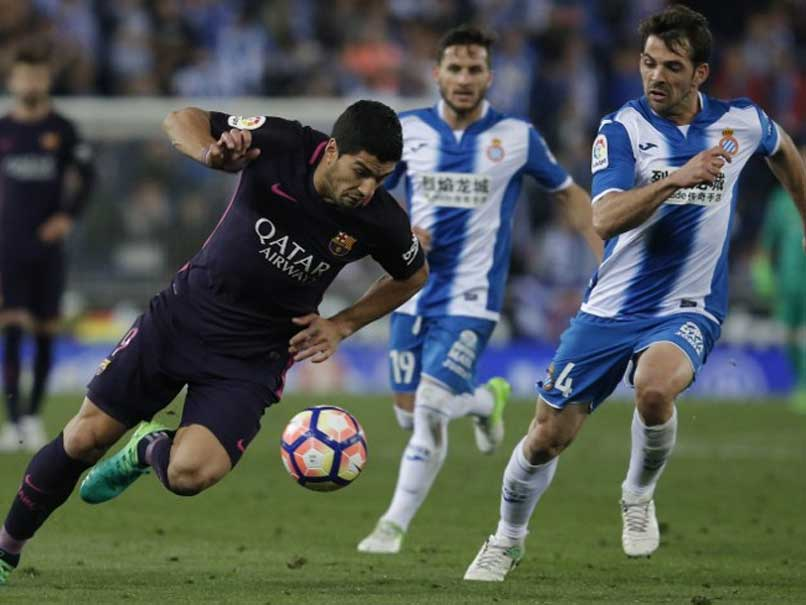 La Liga: Luis Suarez's Double Keeps Barcelona Level With Real Madrid