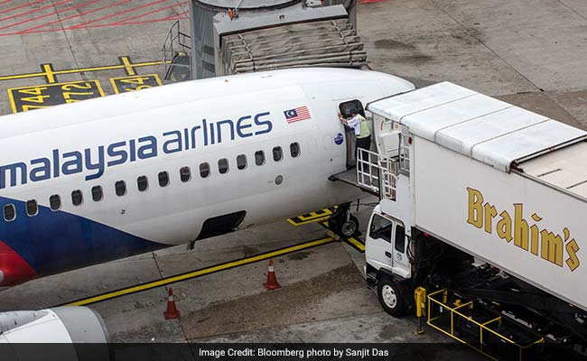 Years After Flight 370 Disappearance, Malaysia Airlines Agrees To Track Its Planes From Space