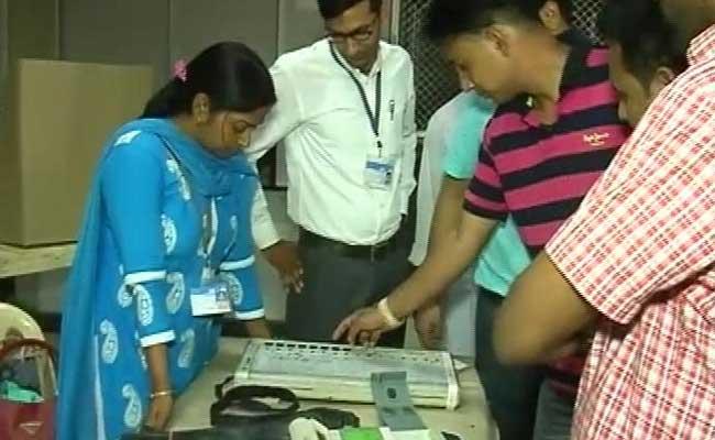 नगर निगम के दो वार्डों में प्रत्याशियों के निधन के कारण मतदान स्थगित