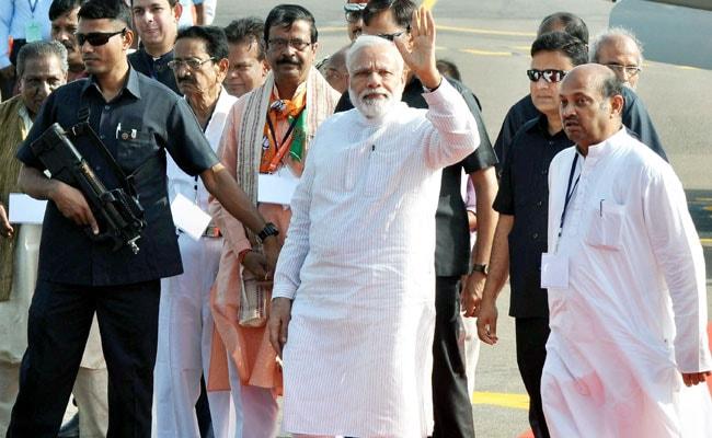 प्रधानमंत्री नरेंद्र मोदी चार देशों की यात्रा पर रवाना