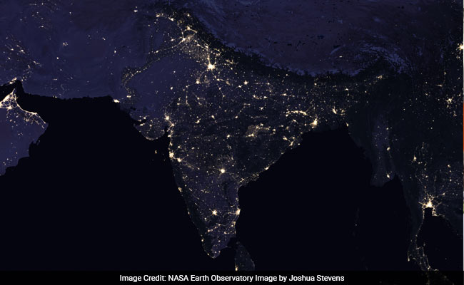 India at night as seen from space nasa releases stunning new images nasa india 2012 650 gumiabroncs Image collections