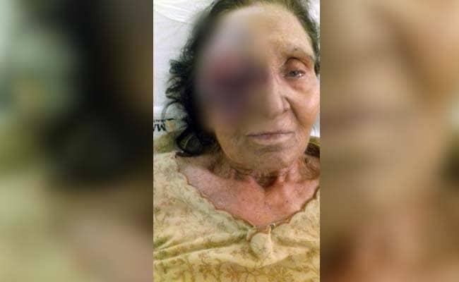 दिल्ली : अमेरिका में भारत के राजदूत नवतेज सरना की बुजुर्ग मां को उनके रिश्तेदार ने बुरी तरह पीटा