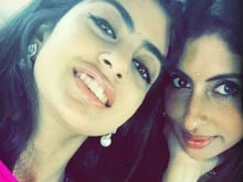Navya Naveli's Pic With Mom Shweta And Grandmother Will Give You Holiday Goals