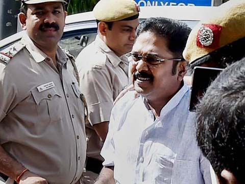 Delhi-based Hawala operator arrested in bribery case involving AIADMK\'s Dinakaran